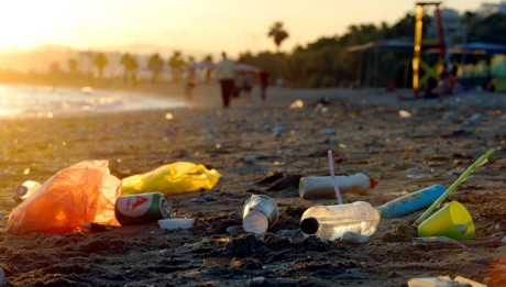 Greece:plastics garbage in m Mediterranean Sea/ Photo Milos Bicanski